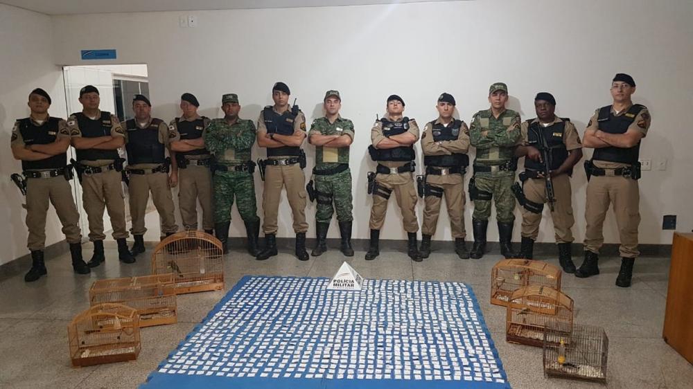 Irmãos do tráfico são presos com mais de mil papelotes de cocaína