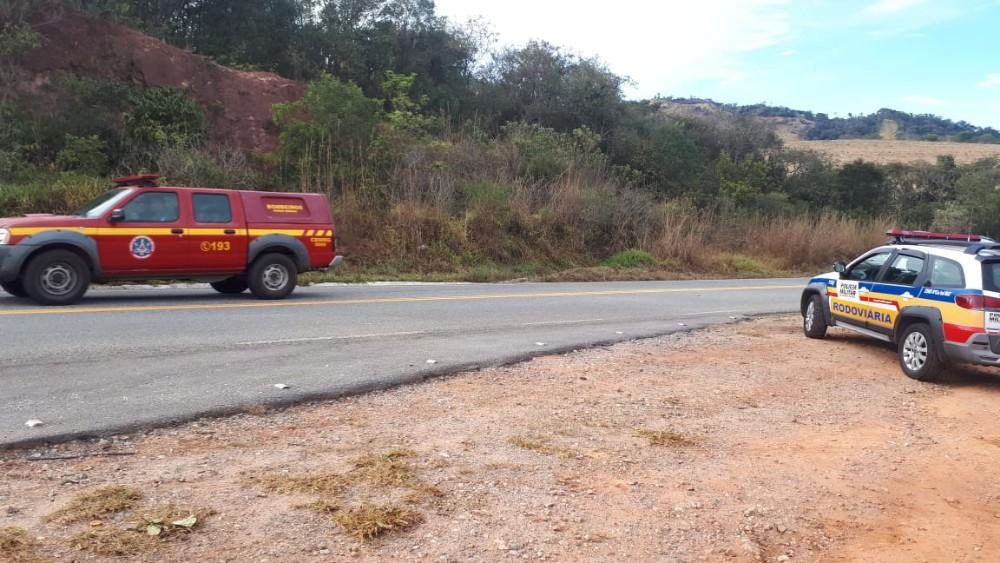 Duas pessoas morreram e uma ficou ferida em um grave acidente na BR-369, próximo à Santana do Jacaré