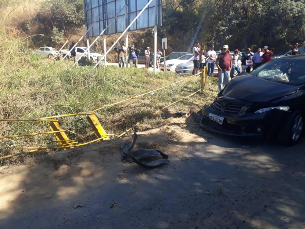 Candeense fica ferida, após sofrer acidente na ponte de Santana do Jacaré/MG