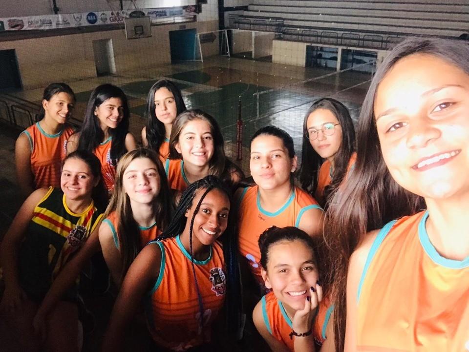 Equipe de Voleibol de Campo Belo se classifica para as semifinais dos Jogos da Juventude - JOJU