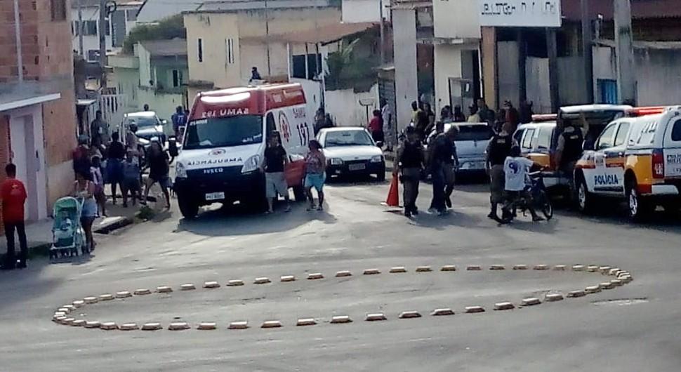 Mulher fica gravemente ferida após ser atropelada por cavalo no bairro Davis em Campo Belo