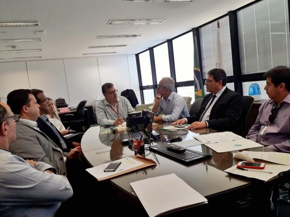 Prefeito e autoridades de Campo Belo se reúnem com Secretario de Estado buscando importantes liberações