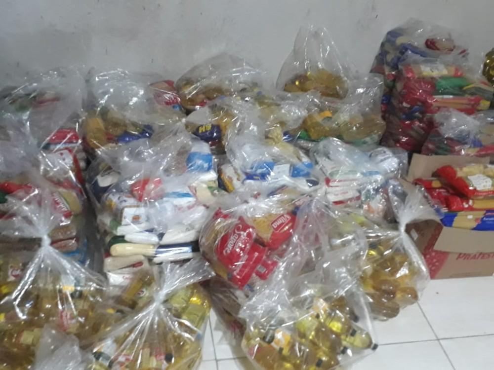 Cerca de 4 toneladas de alimentos arrecadados na Marcha para Jesus foram doados pelo Conselho de Pastores, veja!