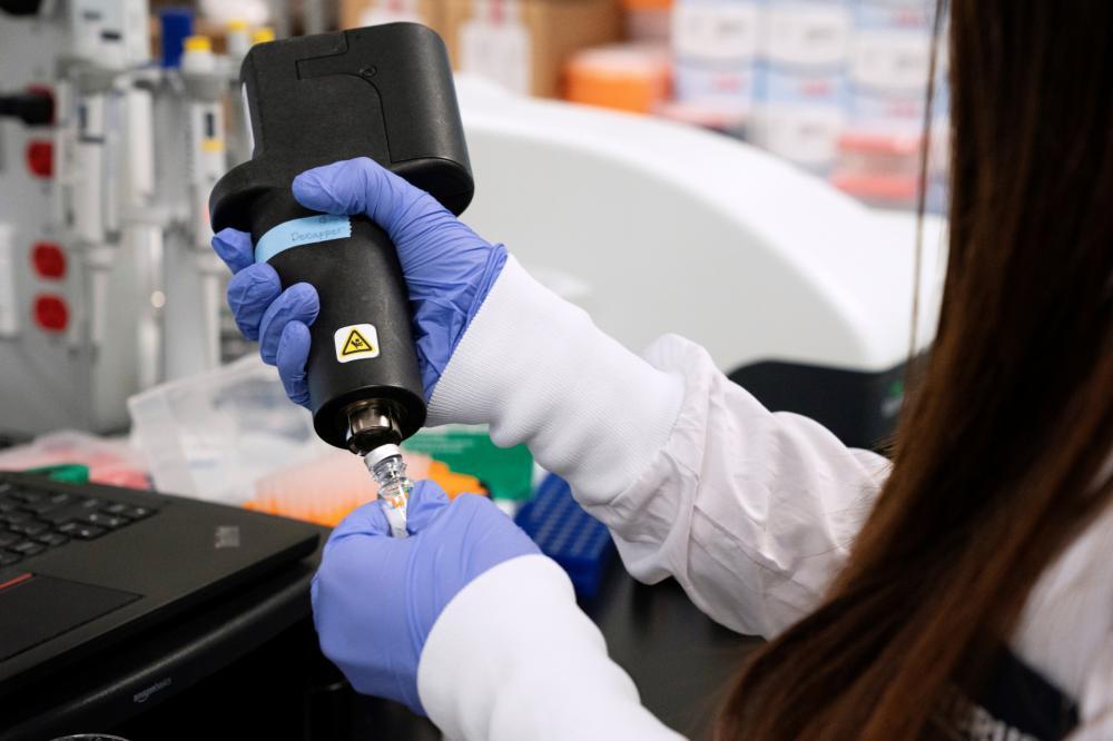 EUA farão testes com plasma de pacientes em recuperação da COVID-19