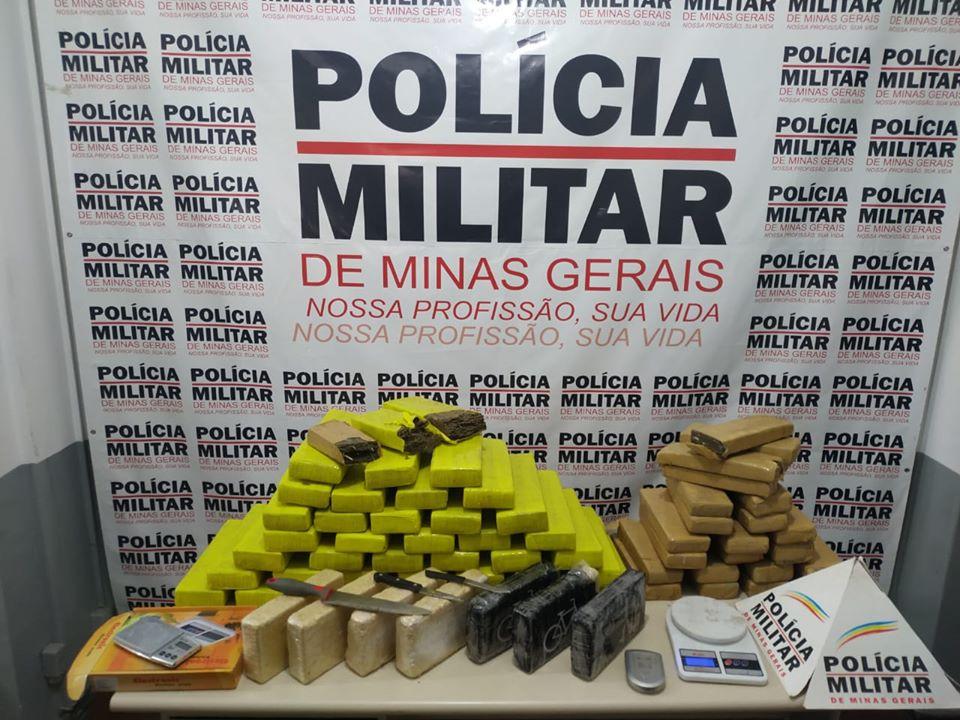 Lavras - Polícia apreende cerca de 84 quilos de drogas em residência usada como depósito
